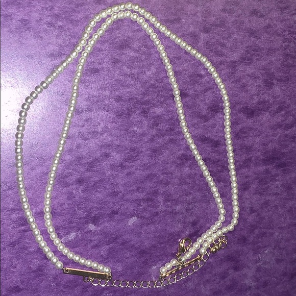 Forever 21 Jewelry - Pearl Choker